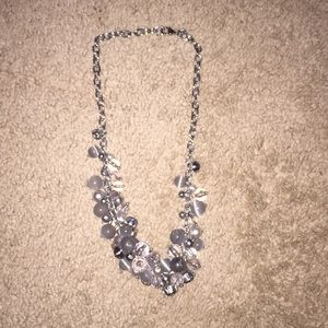 SILVER BANANA REPUBLIC STATEMENT NECKLACE